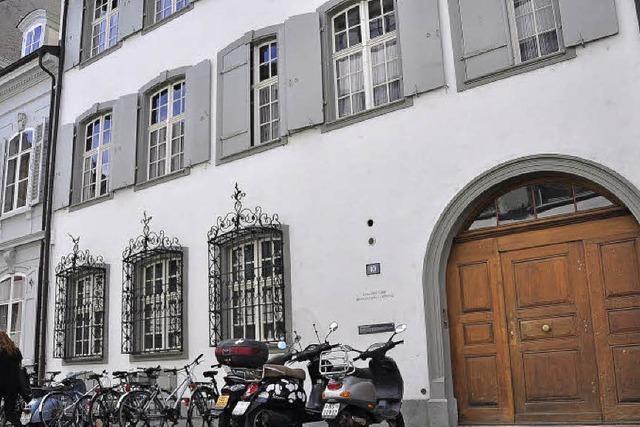 Frauenfeindlichkeit an der Uni Basel? Streit um freien Lehrstuhl