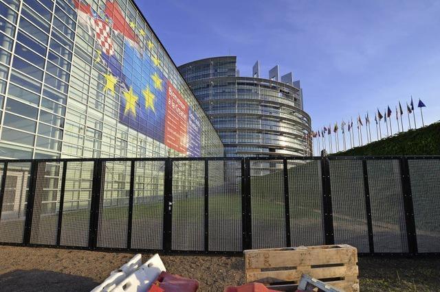 Eiserner Vorhang vor dem Europa-Parlament