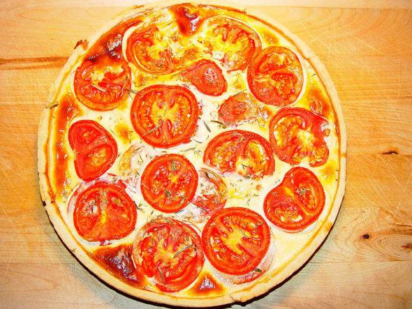 stechls standgericht quiche mit heimischen tomaten eine runde f r alle badische. Black Bedroom Furniture Sets. Home Design Ideas