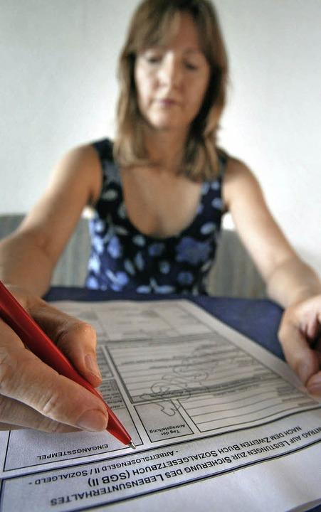 Formulare ausfüllen, offizielle Briefe...hen ist das nur schwer zu bewältigen.     Foto: dpa