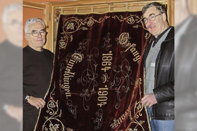 Urkunden und Fotos bezeugen Liederkranz-Geschichte
