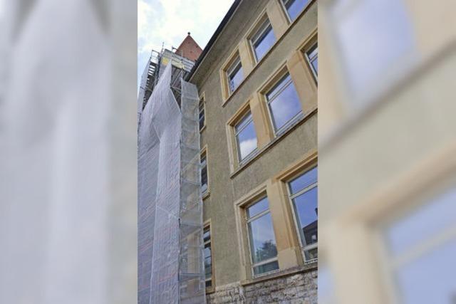 100 neue Fenster fürs Hans-Thoma-Gymnasium