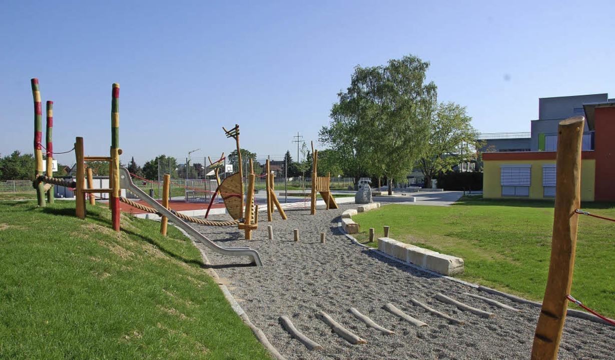 Der neue Spielplatz eröffnet vielfältige Sport- und Unterrichtsmöglichkeiten.   | Foto: Frey