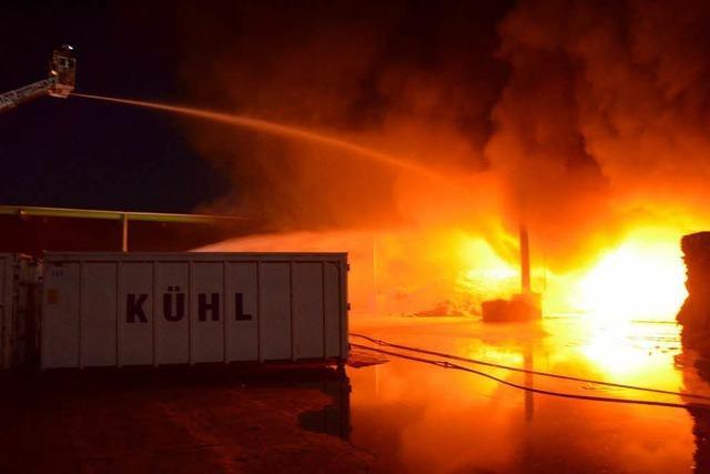 Lager der Recyclingfirma Kühl abgebrannt