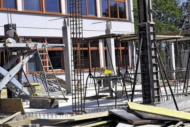 Keine Sommerferien für Bauarbeiter