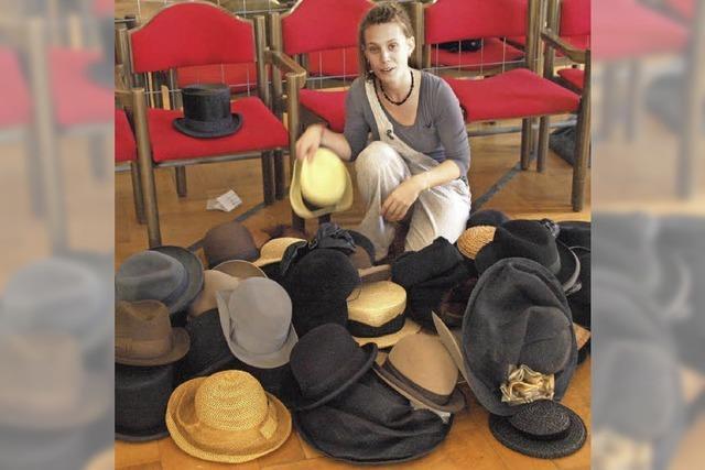 Die meisten Hüte bleiben da