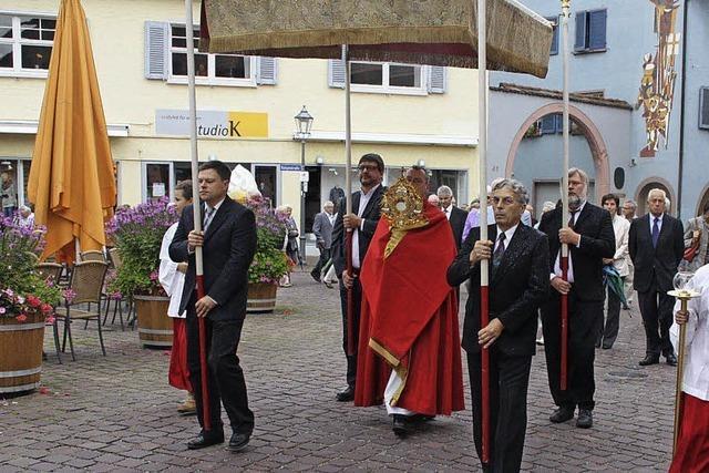 Festgottesdienst und Prozession