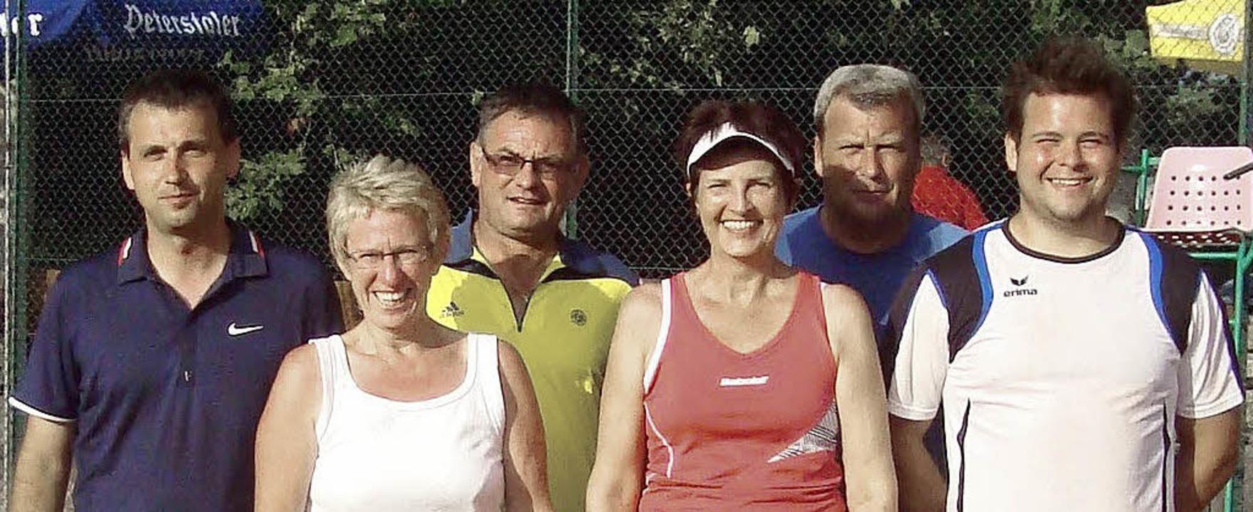 Die Sieger beim Tennis-Rhinschnoogecup...Bild fehlen Josef Blank und Max Haipl.  | Foto: Werner Schnabl