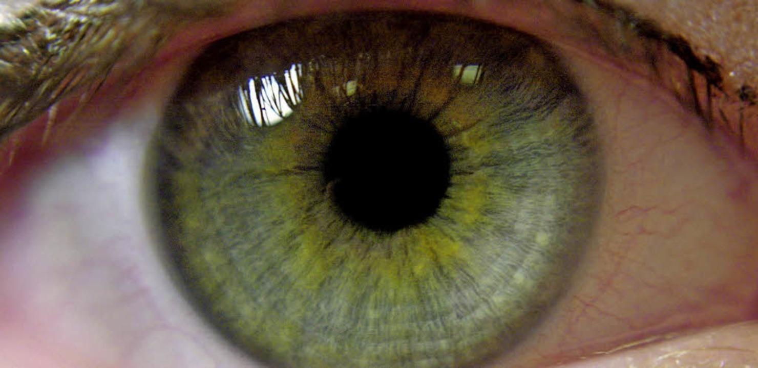 Achtung: Eine Makuladegeneration kann zu Erblindung führen   | Foto: dpa