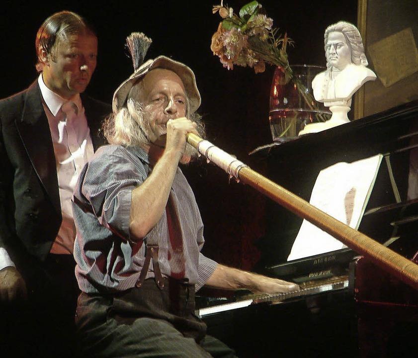 Humor in Concert: Die Musik-Akrobaten ...en ihren Spaß mit der hehren Klassik.   | Foto: Roswitha Frey