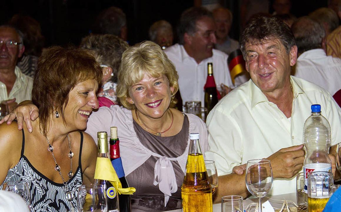 Auch der ehemalige Bürgermeister Thoma...erstützte, feierte beim  Jubiläum mit.    Foto: Wilfried Dieckmann