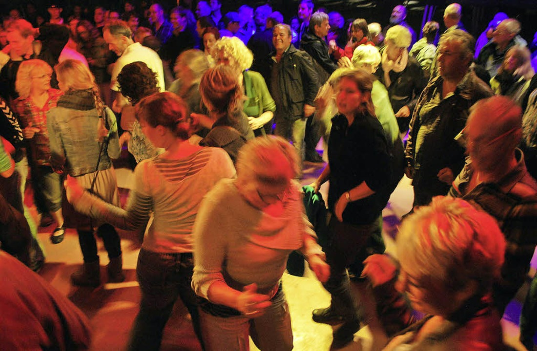 Tanzen, was das Zeug hält: Beim Weinfe...s auch in diesem Jahr wieder möglich.   | Foto: archivfoto: Benjamin Bohn