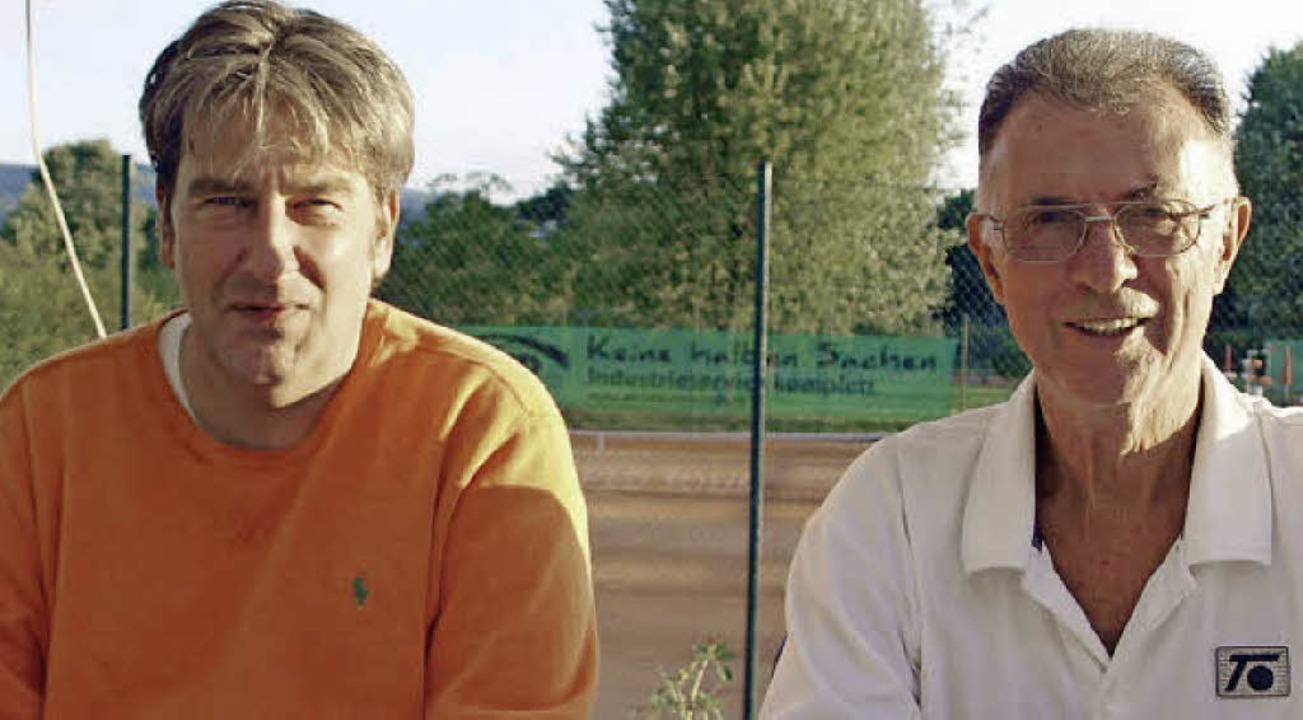 Thilo Kaltenbach und Peter Gutmann (vo...äum mit dem Tennisclub 1923 Grenzach.     Foto: Albert Greiner