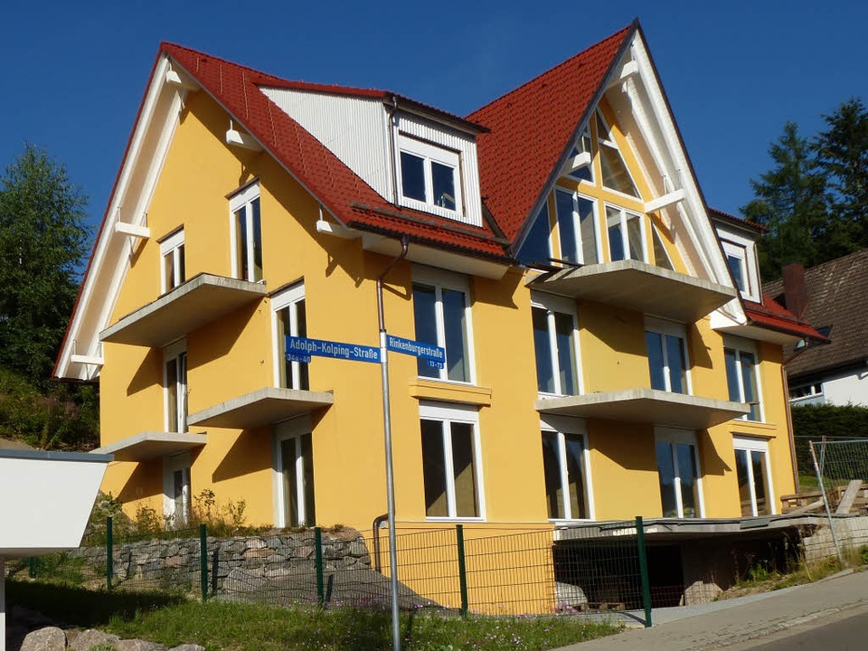 Eines der neueren Gelb-Objekte in Neustadt an der Rinkenburger Straße  | Foto: Peter Stellmach
