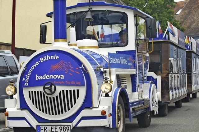 Auf insgesamt zehn Linien fahren wieder Sonderbusse zum Weinfest