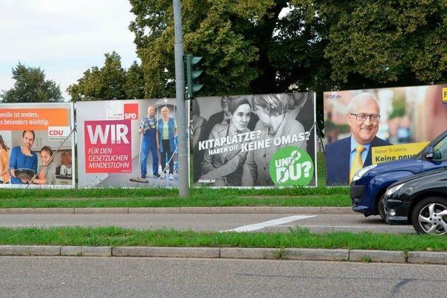Großplakate im Trend: Parteien weiten Wahlwerbung aus