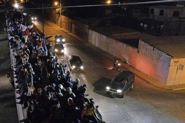 Auswanderer in Güterzügen - Beute von Polizei und Mafia