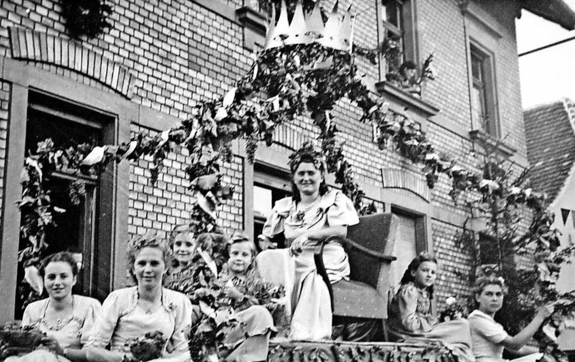 Edith Janoschka, die erste Kippenheime...ülch und Anneliese Bauer (von links).   | Foto: repro: theo weber
