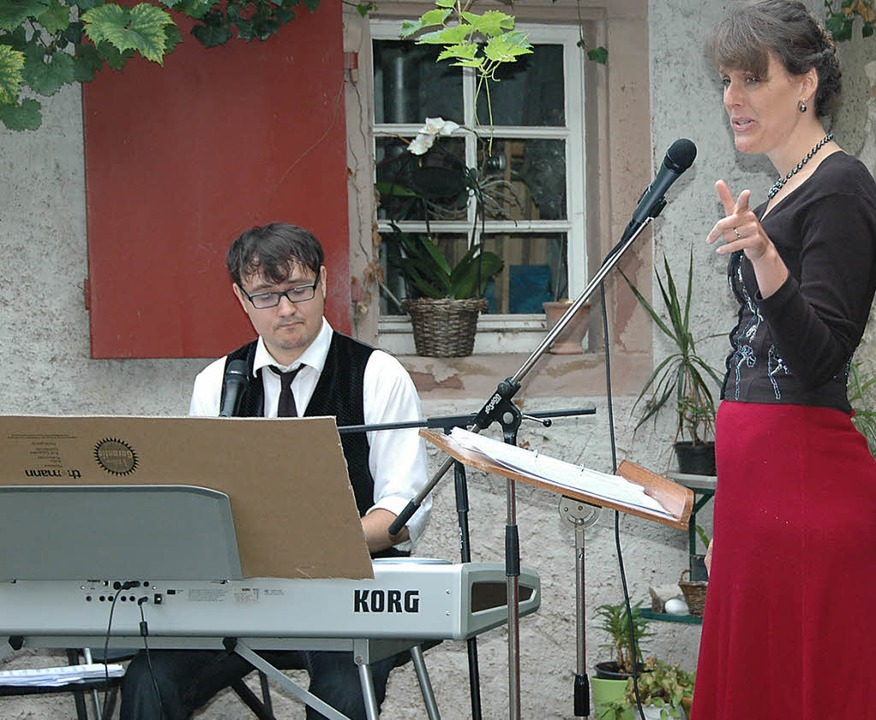 Zum ersten Pfarrhofkonzert lud  die Ge...besliedern aus Musical, Film und Pop.   | Foto: Ounas-Kräusel