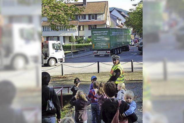 Polizei bereitet Erstklässler auf Schulweg vor