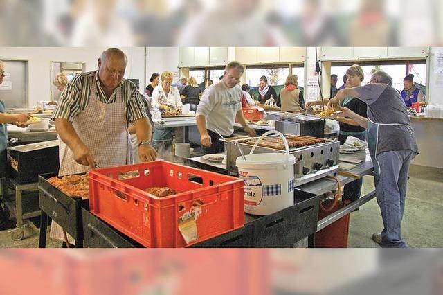 250 Helfer wirbeln für die Besucher
