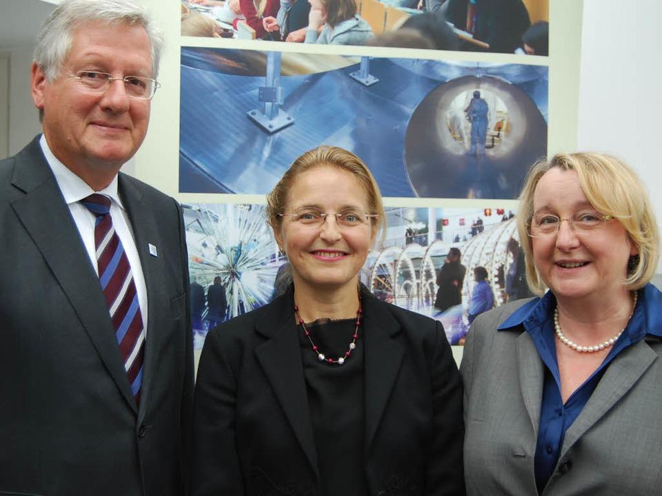 Erfolgreiches Treffenin Stuttgart: Uni...ministerin Theresia Bauer (von links).    Foto: Ministerium