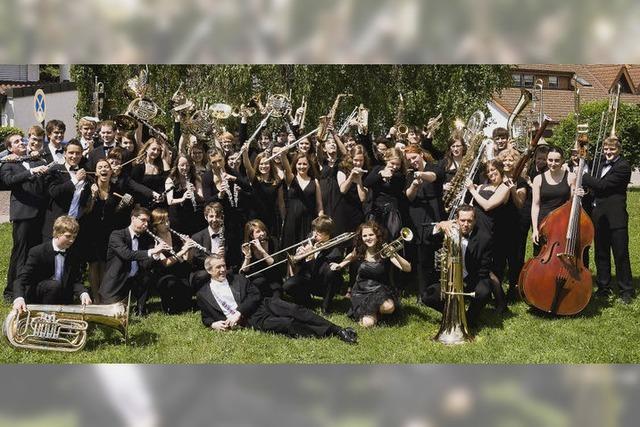 Jugendverbandsorchester Hochrhein spielt im Gloria-Theater