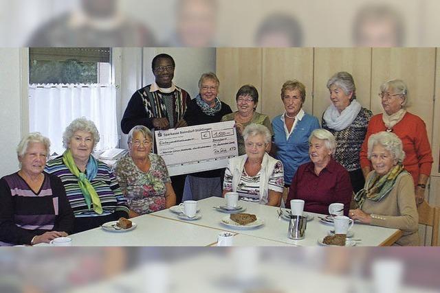 Frauen unterstützen das Kirchenprojekt in Nigeria