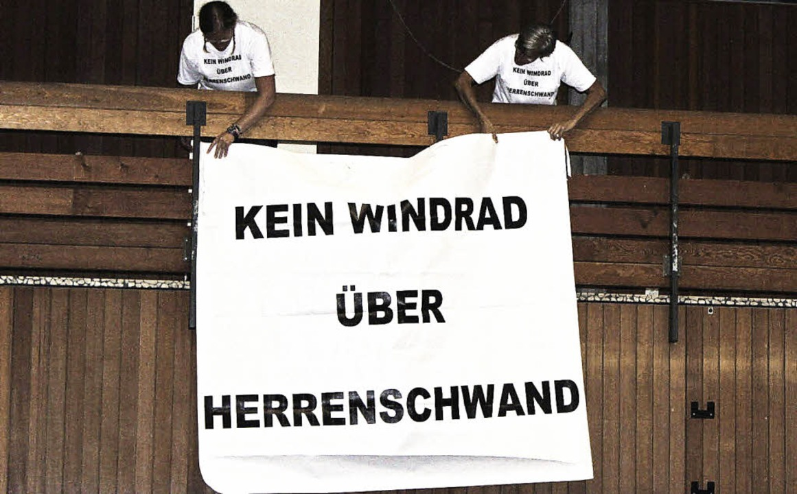Bürgerprotest in der Buchenbrandhalle    Foto: Hermann Jacob