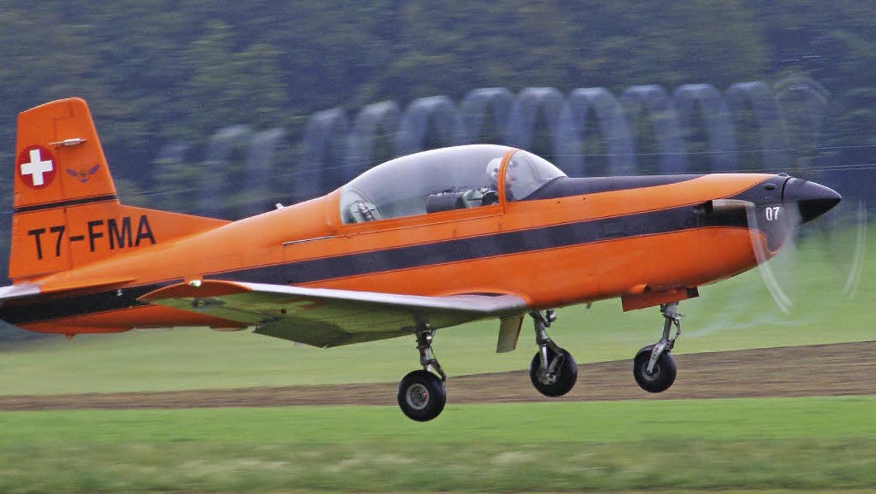 Propeller-Kunst: Wenn beim Flugtag in ...ropellerflugzeug vom Typ Pilatus PC 7.  | Foto: hrvoje miloslavic