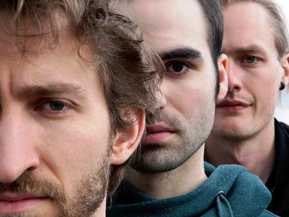 Florian Favre (Mitte) im Trio   | Foto: pro
