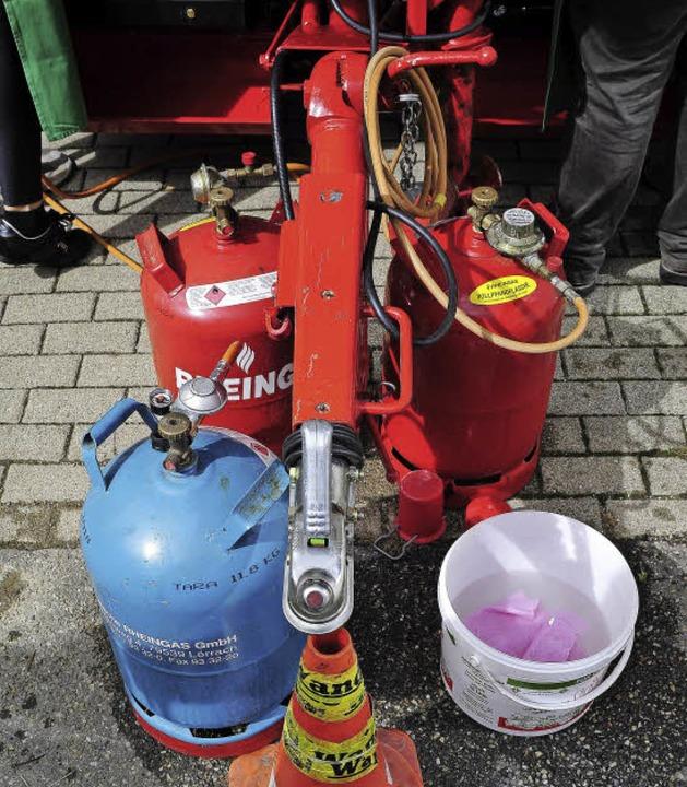 Gasflaschen liefern die Energie, um Wü...ehr auf Wohlfühltemperatur zu bringen.    Foto: Thomas Kunz