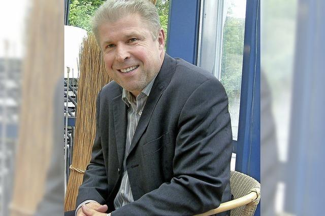 Wernfried Hübschmann liest in Hausen Gedichte