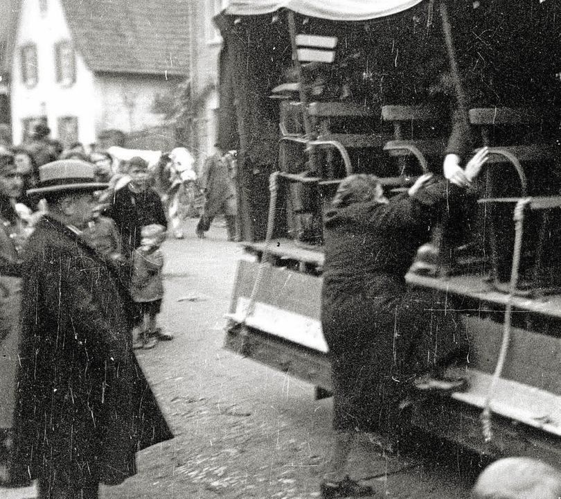 Ein historisches Bild vom 22. Oktober ...ion von Kippenheimer Juden nach Gurs.   | Foto: Privat