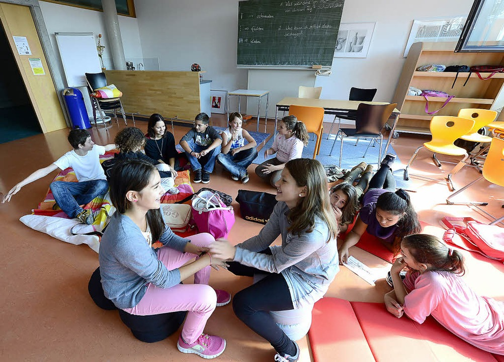 Die erste öffentliche Gemeinschaftssch...1;  mit 49 Schülerinnen und Schülern.     Foto: Ingo Schneider