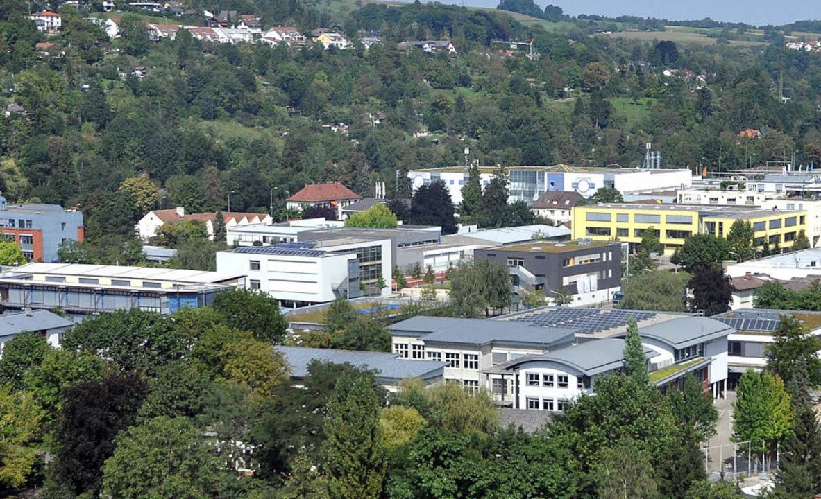 Der Campus der Freien Evangelischen  Schule aus der Vogelperspektive.   | Foto: Daniel Gramespacher