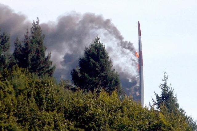 Windrad bei Lahr brennt komplett ab - Feuerwehr machtlos