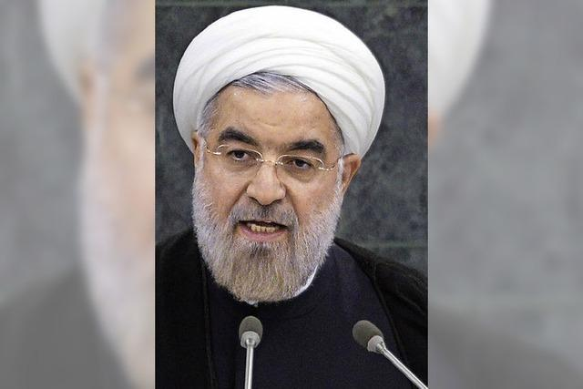 Khamenei stellt sich hinter Präsident Ruhani