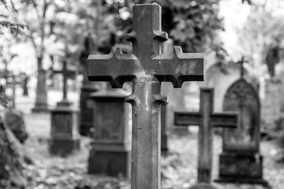 Der Alte Friedhof in Freiburg strahlt eine ganz besondere Atmosphäre aus. (Foto: Carlotta Huber)