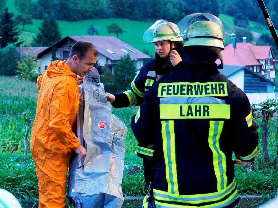 Gefahrguteinsatz der Lahrer Feuerwehr.    Foto: WOLFGANG KUENSTLE