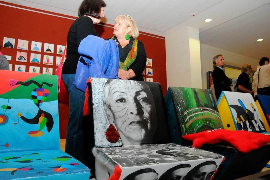 Meret Oppenheim stand im Mittelpunkt des großen Festes am Schulzentrum Steinen, das jetzt ihren Namen trägt. (Foto: Robert Bergmann)