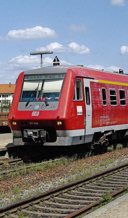 Die schnellen Neigezüge der Baureihe 6...n Pause zurück auf die Hochrheinbahn.     Foto: Rolf Reissmann