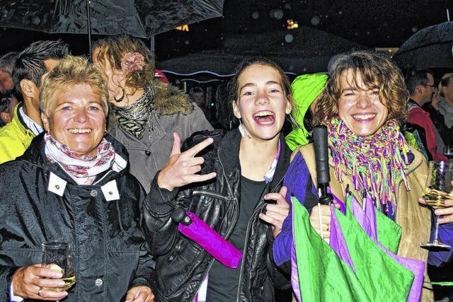 Regen stoppt die Party nicht
