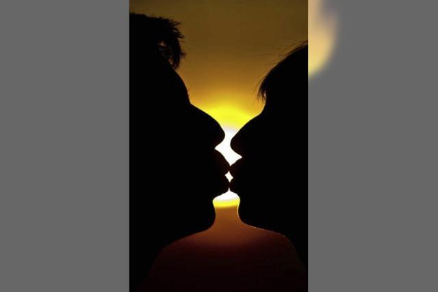 Hinter Gittern wegen eines Kusses