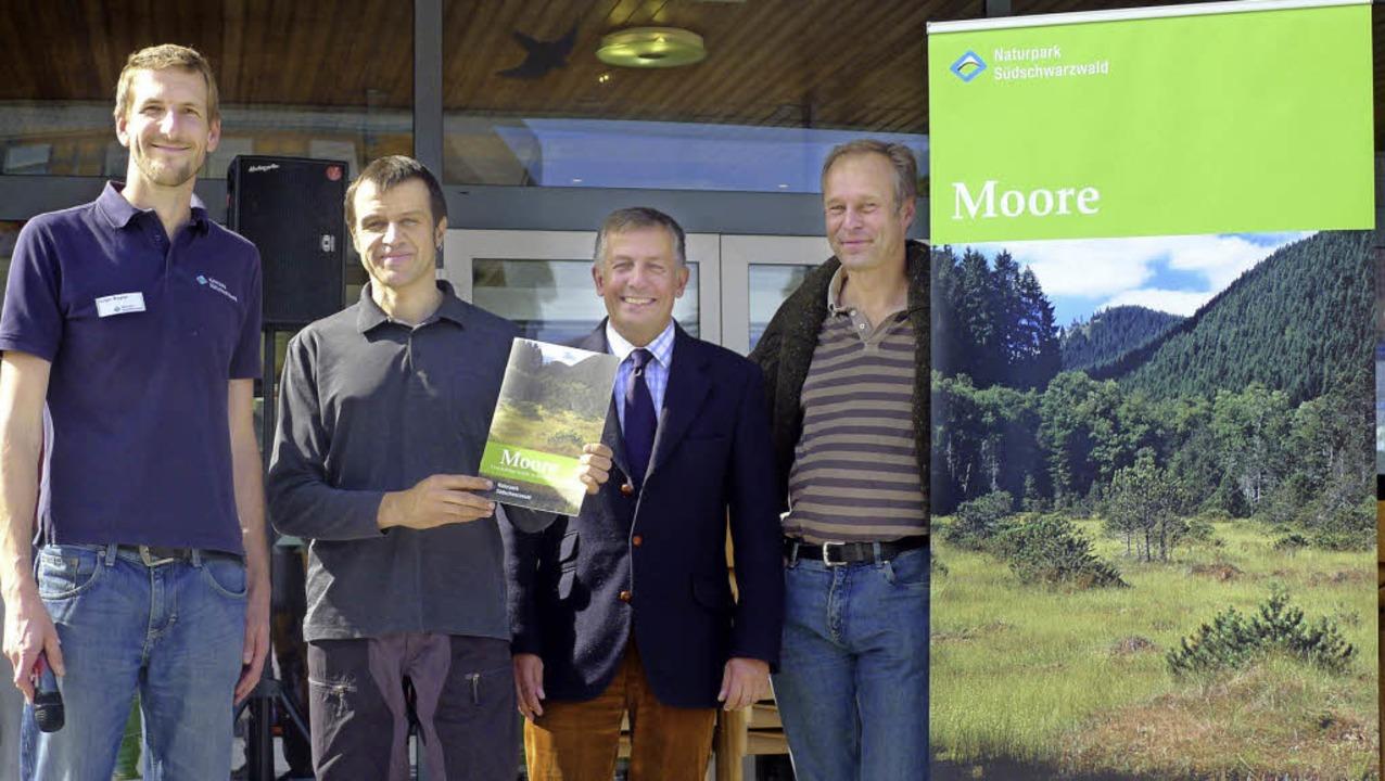 Sie stellten beim ersten Naturparkmark...tsch und Feldbergranger Achim Laber.    | Foto: Eva Korinth