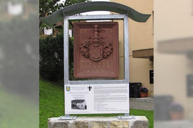 Wappen steht an neuem, alten Platz