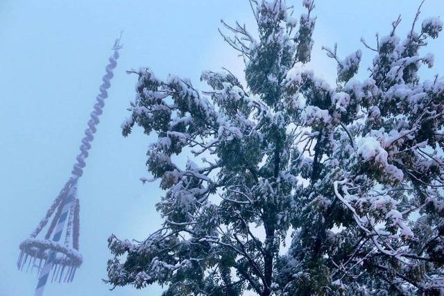 Winter kommt überraschend: Strom weg, Schulen zu