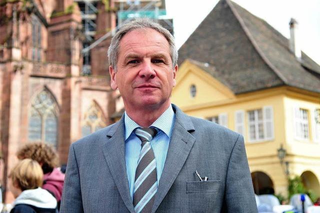 Innenminister Gall fordert Ordnungsdienst in Freiburg