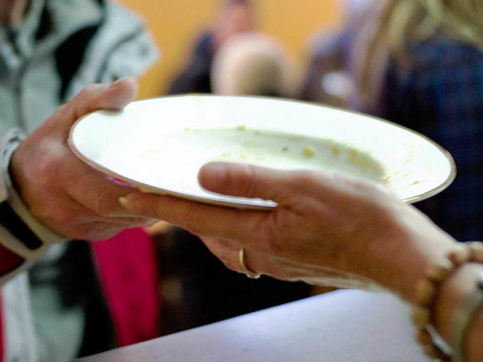 Die Zahl der Suppenküchen ist in Großb...n in die Höhe geschnellt (Symbolbild).    Foto: dpa