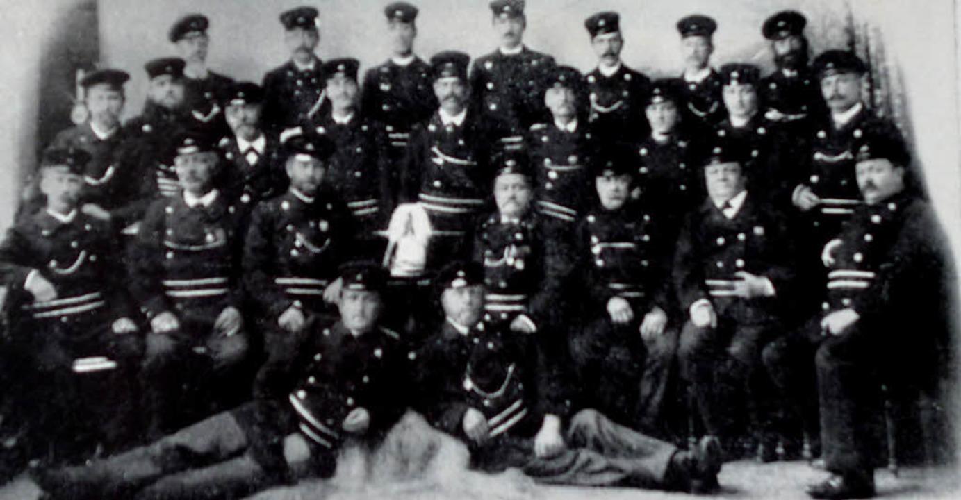 Am 18. März 1921 muss die Feuerwehr zu...Die Mannschaft im Jahr  1898 (unten).     Foto: Archiv: Thomas Mutter